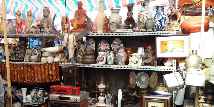 antique shop in Hanoi